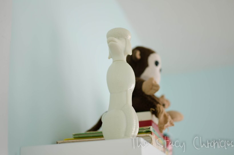 Nursery Shelf 013
