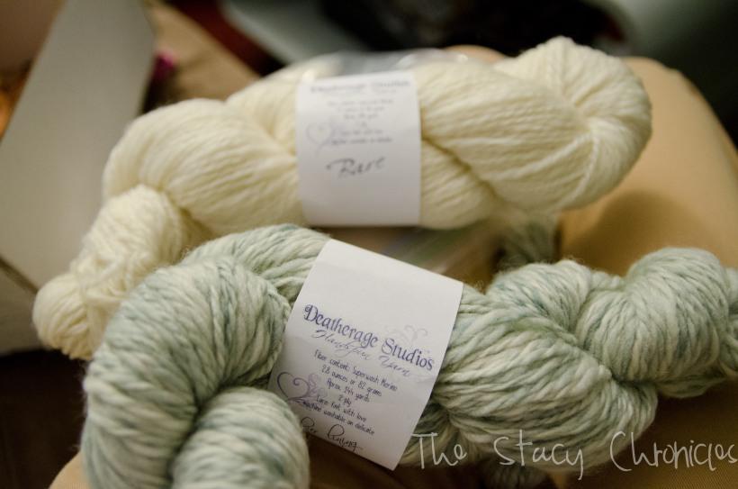 Handspun yarn 010