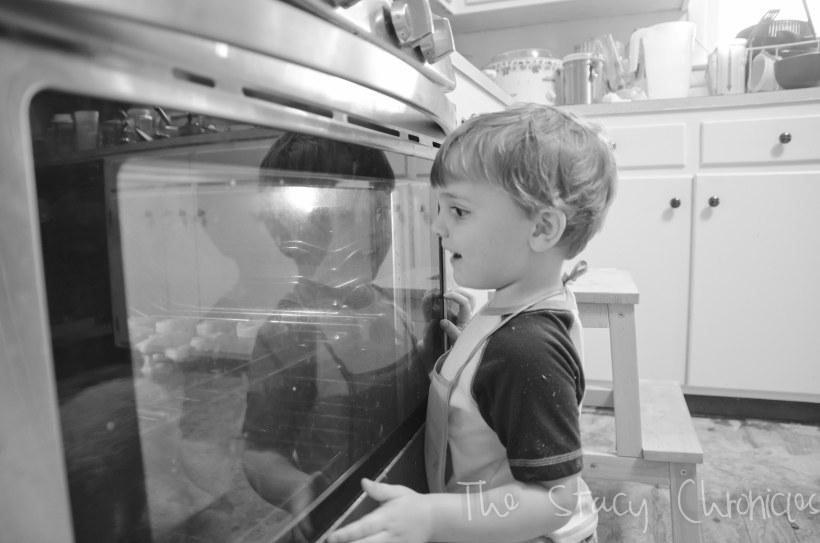 Baking Cookies 052