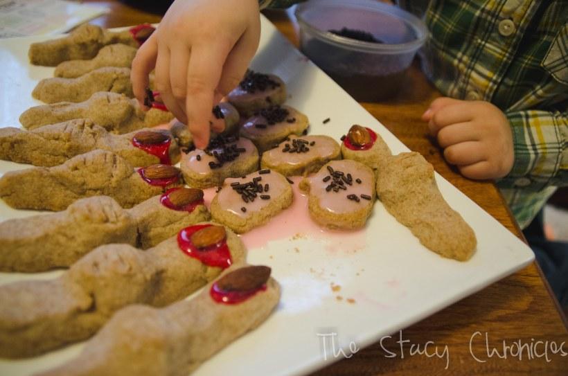 Baking Cookies 068